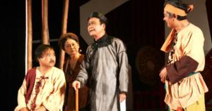 Phân tích và nêu cảm nghĩ về tác phẩm Hồn Trương Ba da hàng thịt